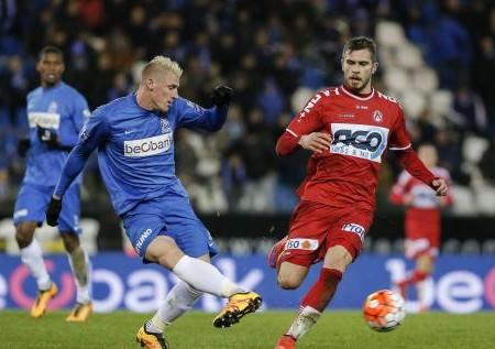 Genk monte à la 5ème place après sa victoire 1-0 à Mouscron